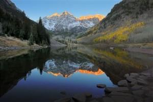 Sunrise mountrains and lake