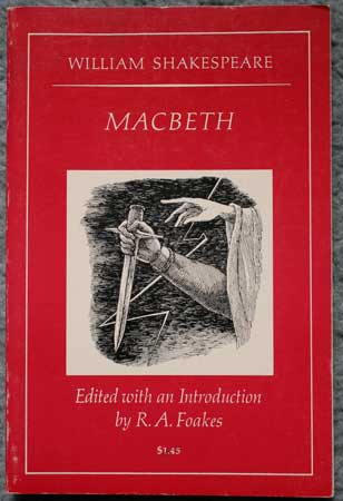 an introduction to the literature by william shakespeare and an analysis of macbeth Macbeth by william shakespeare historical context from gale reseqrch literature in context covers the macbeth's richness in imagery lends itself to analysis.
