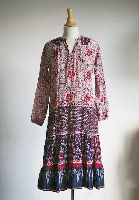 70s hippie dress, courtesy of Etsy seller rhapsodyvintagelove.