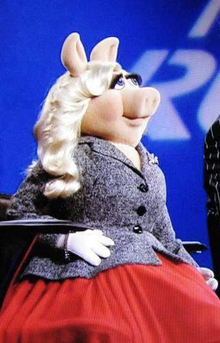 Miss Piggy Project Runway All Stars