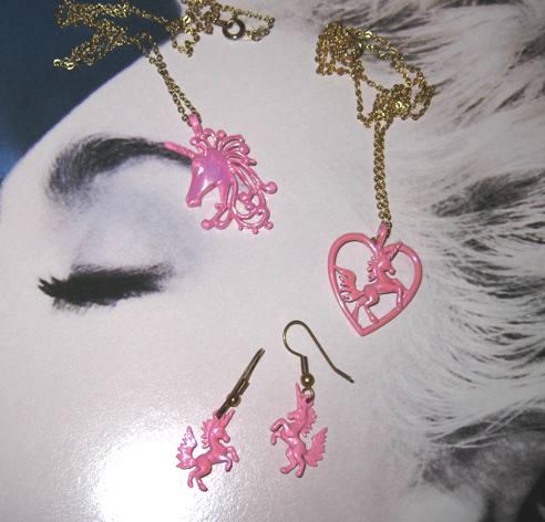 1980s Vintage unicorn jewelry set