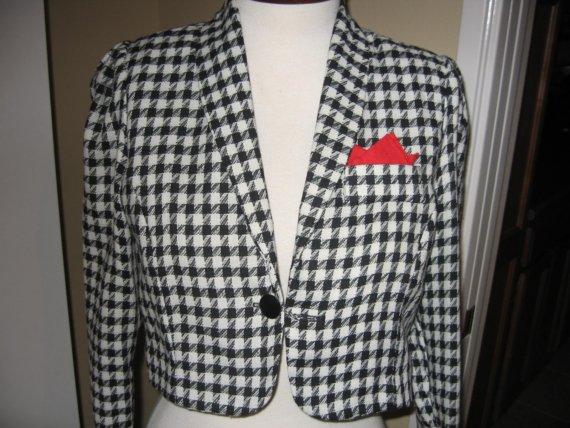 Vintage 1980s Leslie Faye black and white houndstooth bolero jacket