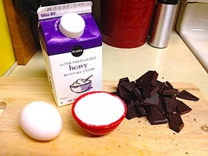 Photo of the ingredients needed for making this chocolate mousse.