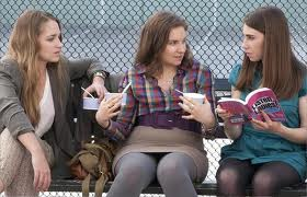 Jessa, Hannah and Shoshanna enjoy some froyo with a side of stupid dating advice
