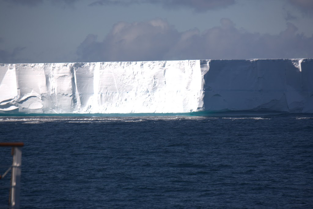 45 square kilometers flat top iceberg, a piece of the Ross Ice Shelf that had broken off