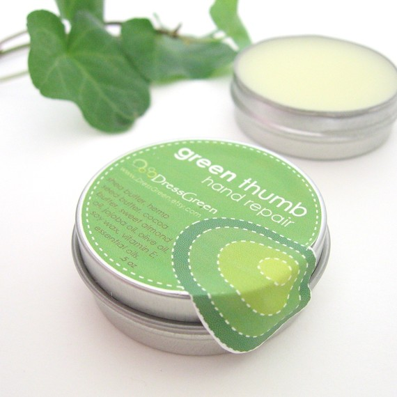 pic of a small tin of natural hand salve