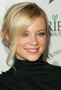 Amy Smart headshot