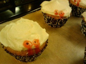 Cupcakes with vampire bites