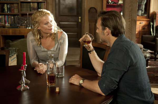 Andrea and the Governor in a nice house, drinking