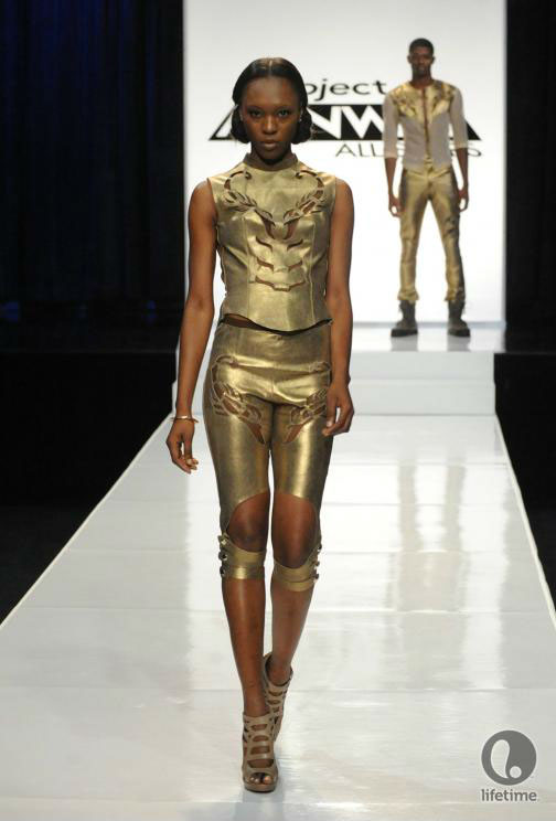 Project Runway All Stars 2x05 contestant Cassanova's avant-garde androgynous outfit on his female model.