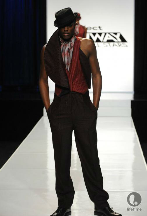 Project Runway All Stars 2x05 contestant Emilio's avant-garde androgynous outfit on his male model.