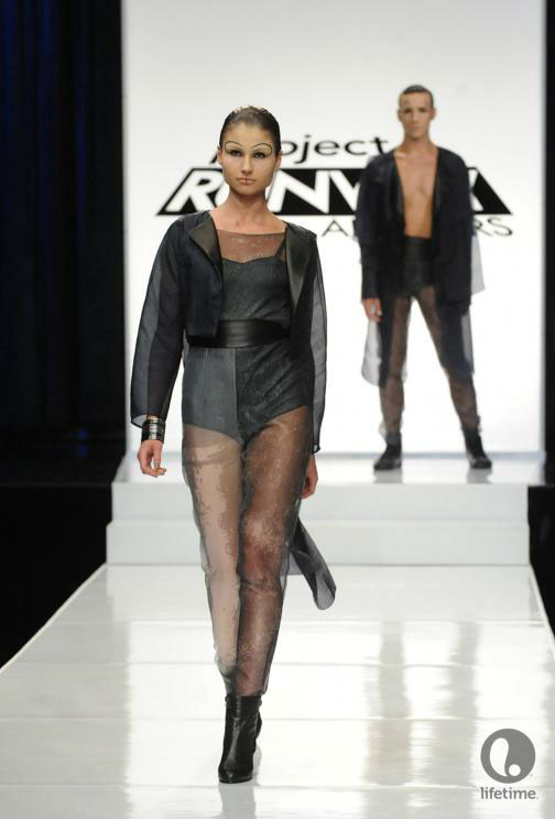 Project Runway All Stars 2x05 contestant Ivy's avant-garde androgynous outfit on her female model.