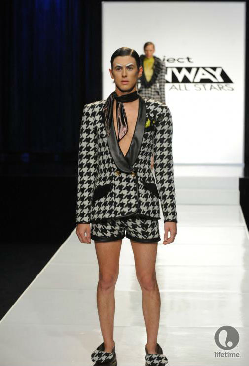 Project Runway All Stars 2x05 contestant Kayne's avant-garde androgynous outfit on his male model.
