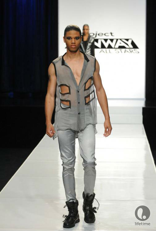 Project Runway All Stars 2x05 contestant Laura Kathleen's avant-garde androgynous outfit on her male model.