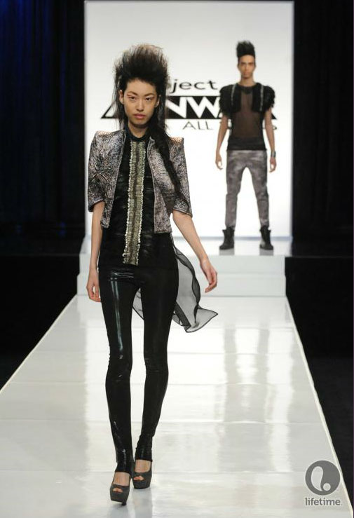 Project Runway All Stars 2x05 contestant Uli's avant-garde androgynous outfit on her male model.