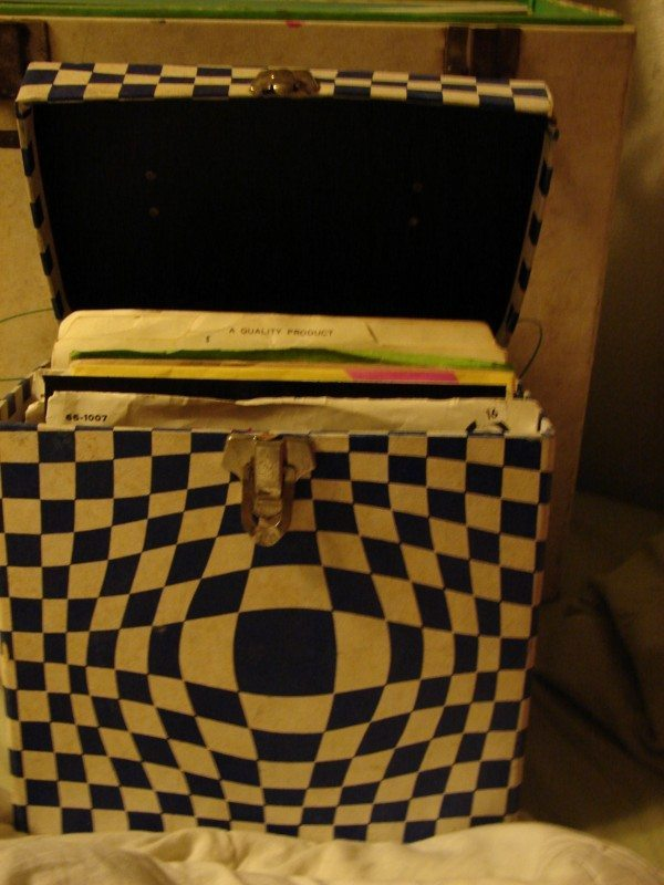 60s-era 45 singles storage box