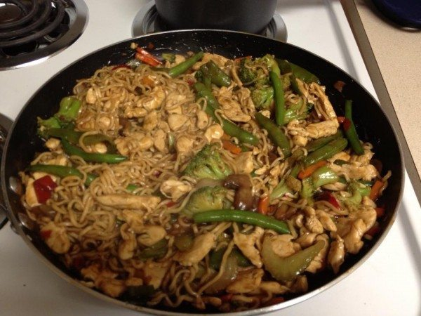 Low-Income Cooking: Ramen Noodle Stir-Fry with Chicken ...