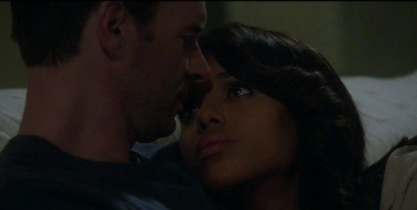 """Olivia Pope (Kerry Washington) is consoled by Jake Ballard (Scott Foley) in ABC's Scandal episode 3.03 """"Say Hello to My Little Friend"""""""