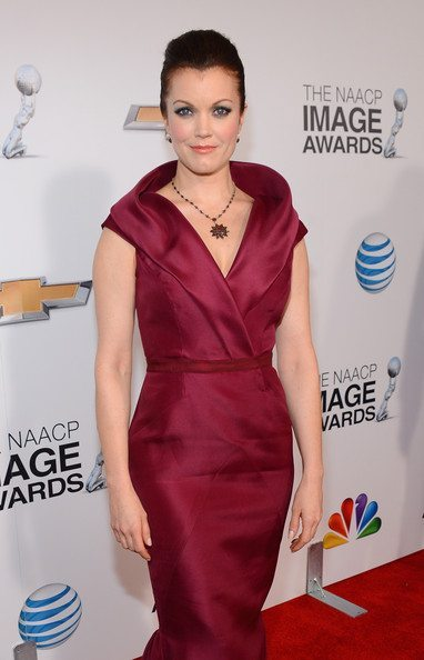 Bellamy Young wears a long, red gown at the 2013 NAACP Image Awards.