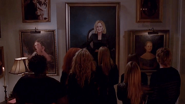 "Screecap from American Horror Story Coven episode 3x12 ""Go To Hell"""