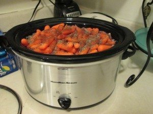 Picture of crockpot filled with soup ingredients