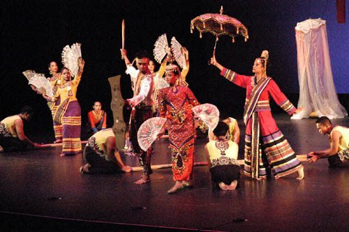 Photo of Singkil performance, a traditional Filipino Muslim folk dance