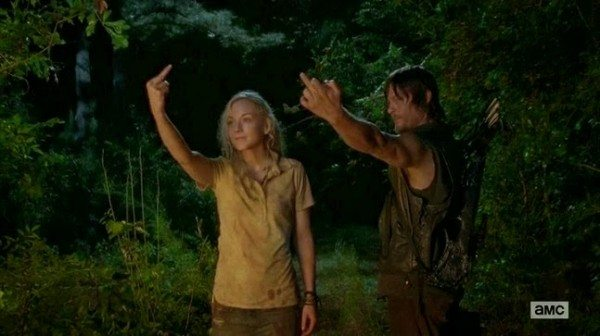 Beth and Daryl give you the one fingered salute