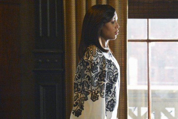 Olivia Pope in a lovely cream jacket with a black lace print