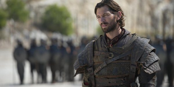 Daario waits for the champion