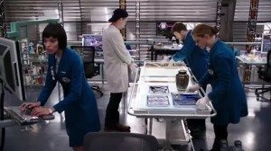 Finn, Hodgins and Brennan sift through human ashes