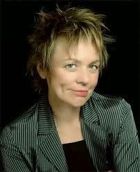 Head shot of Laurie Anderson