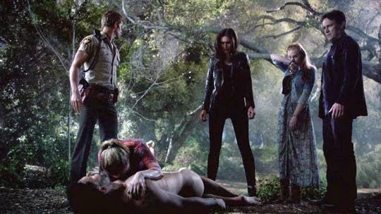 Jason, Violet, and Jessica watch Sookie cry over Alcide's body.