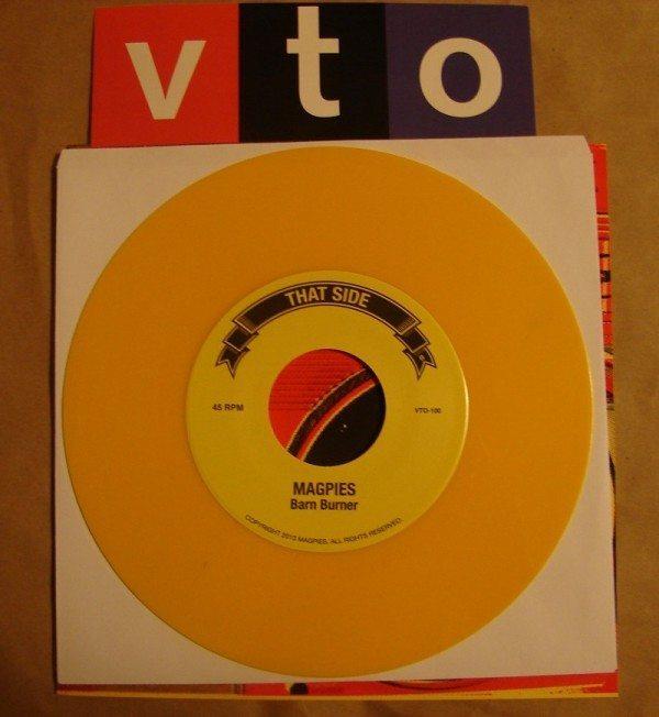 Magpies - VTO - split single
